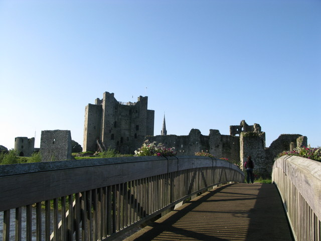 Castles in Ireland to visit - Trim Castle, County Meath