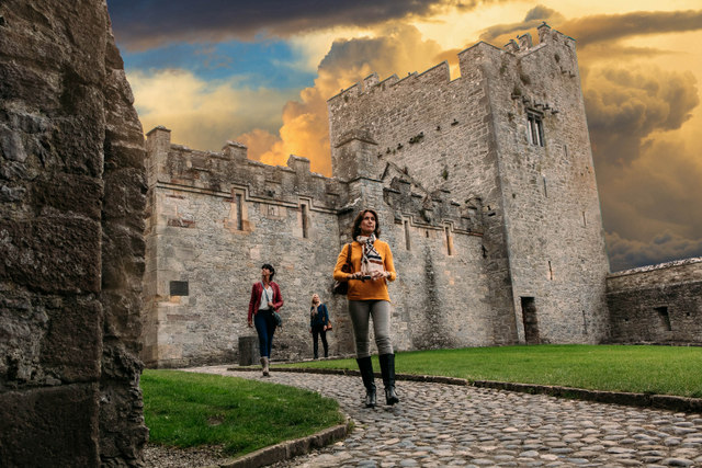 Castles in Ireland to Visit. Cahir Castle, County Tipperary