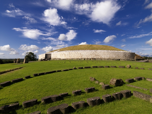 Newgrange, Boyne Valley, Top 10 things to do In Ireland